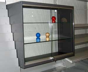 regalvit stracke ladenbau tegometall service center. Black Bedroom Furniture Sets. Home Design Ideas