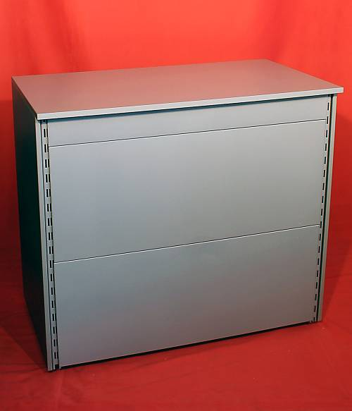 image dessau show020 stracke ladenbau tegometall service center. Black Bedroom Furniture Sets. Home Design Ideas